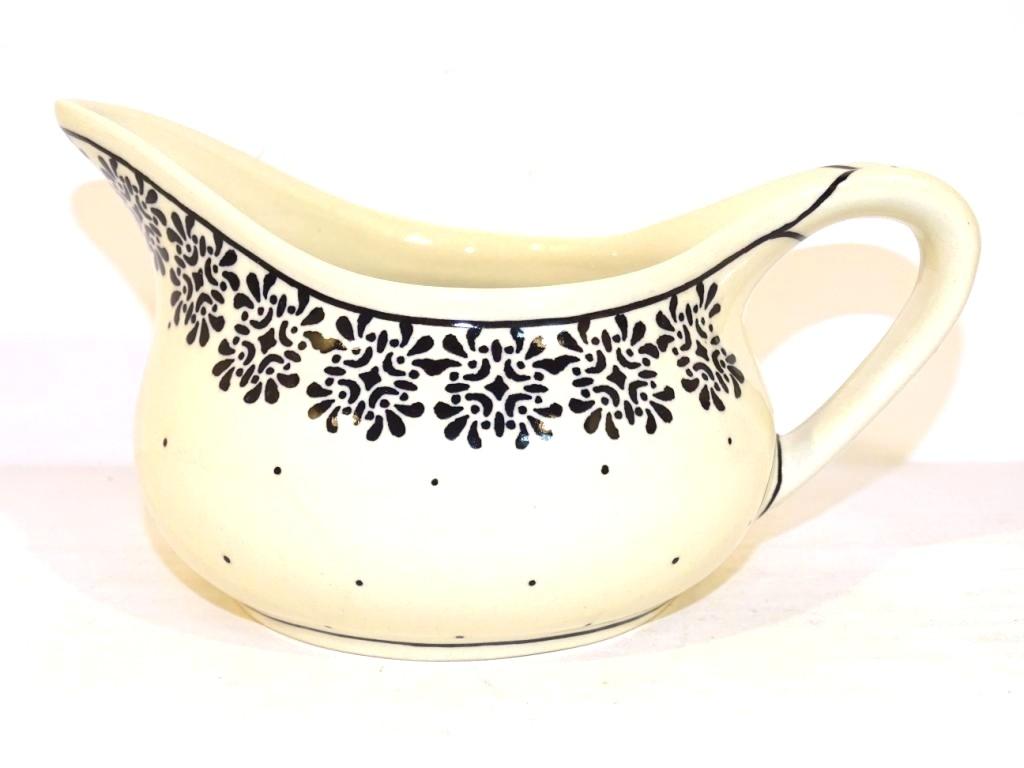 Pottery Avenue 2 Cup ELEGANT TIMES Stoneware Gravy Boat | CLASSIC