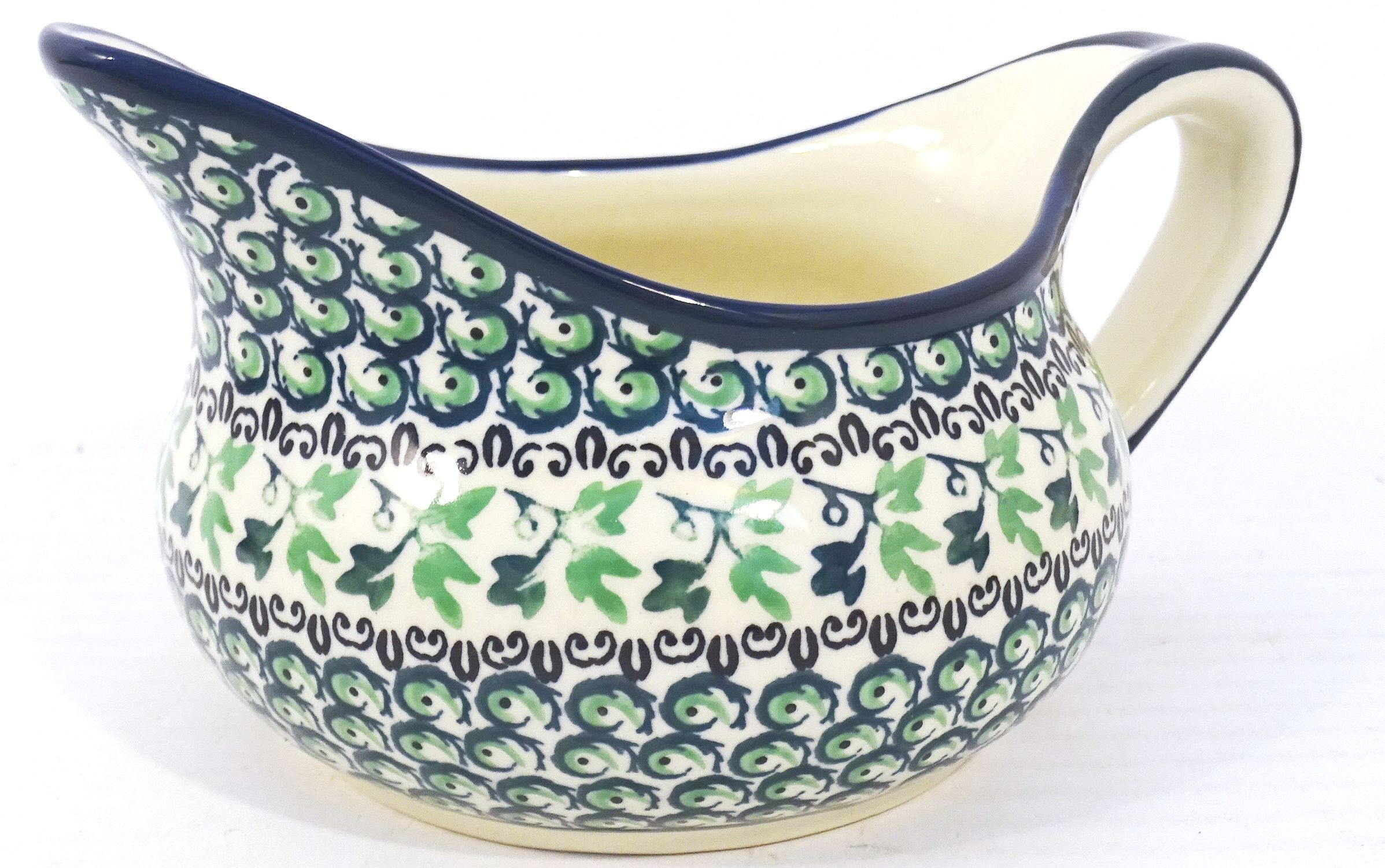 Pottery Avenue 2 Cup IVY Stoneware Gravy Boat   CLASSIC