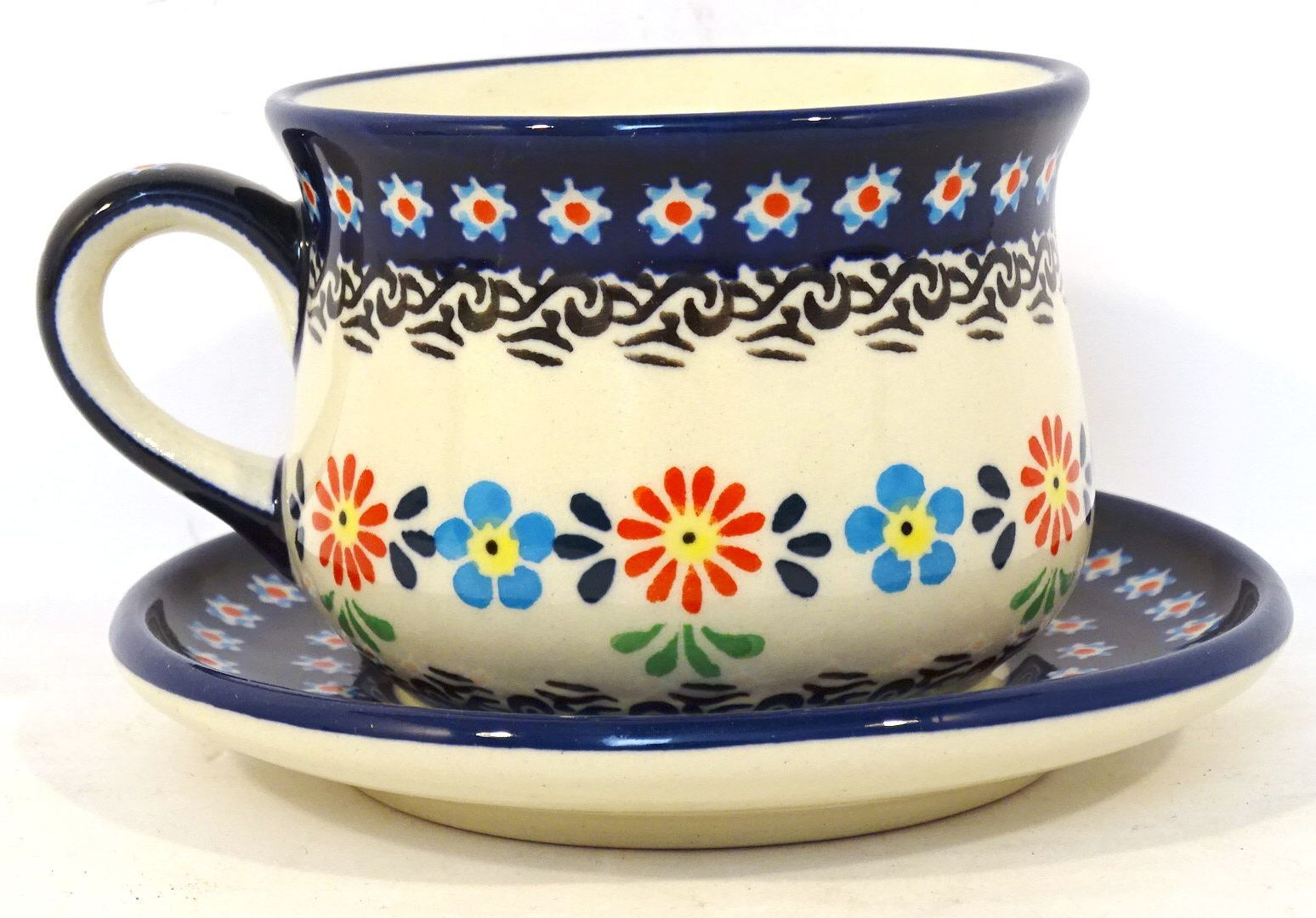 Pottery Ave 6.7 oz Cup Saucer Set | CLASSIC