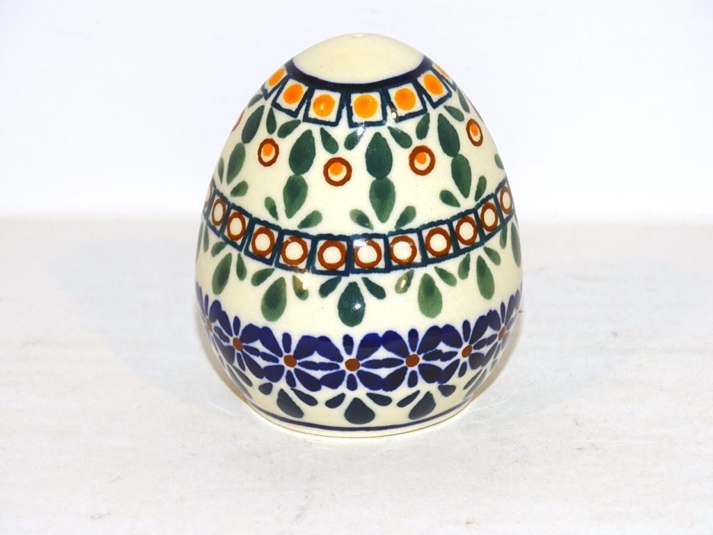 Pottery Avenue | Salt & Pepper & Plate | ARTISAN