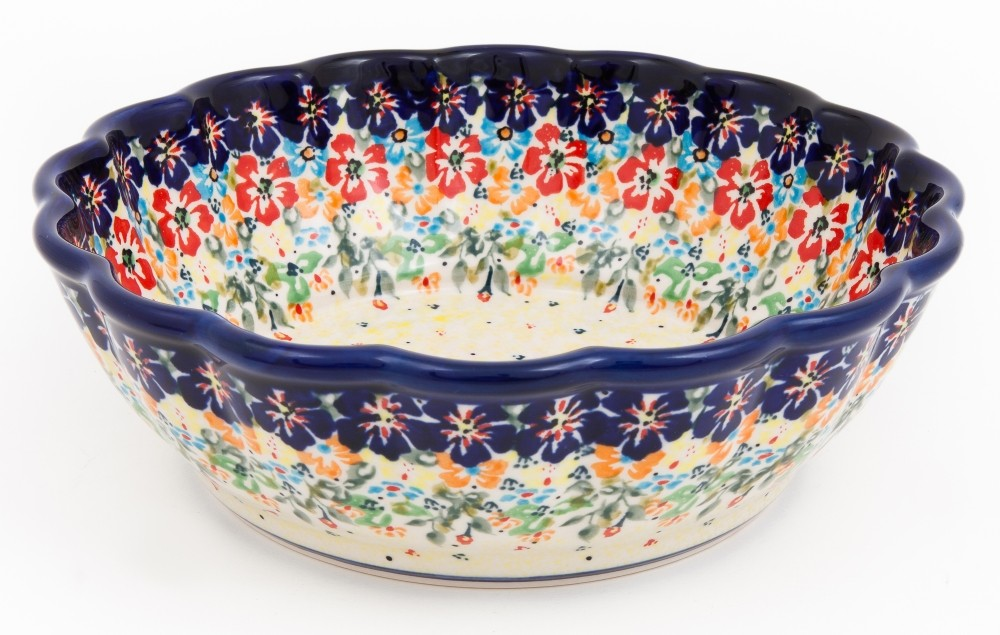 Scalloped Serving Bowl