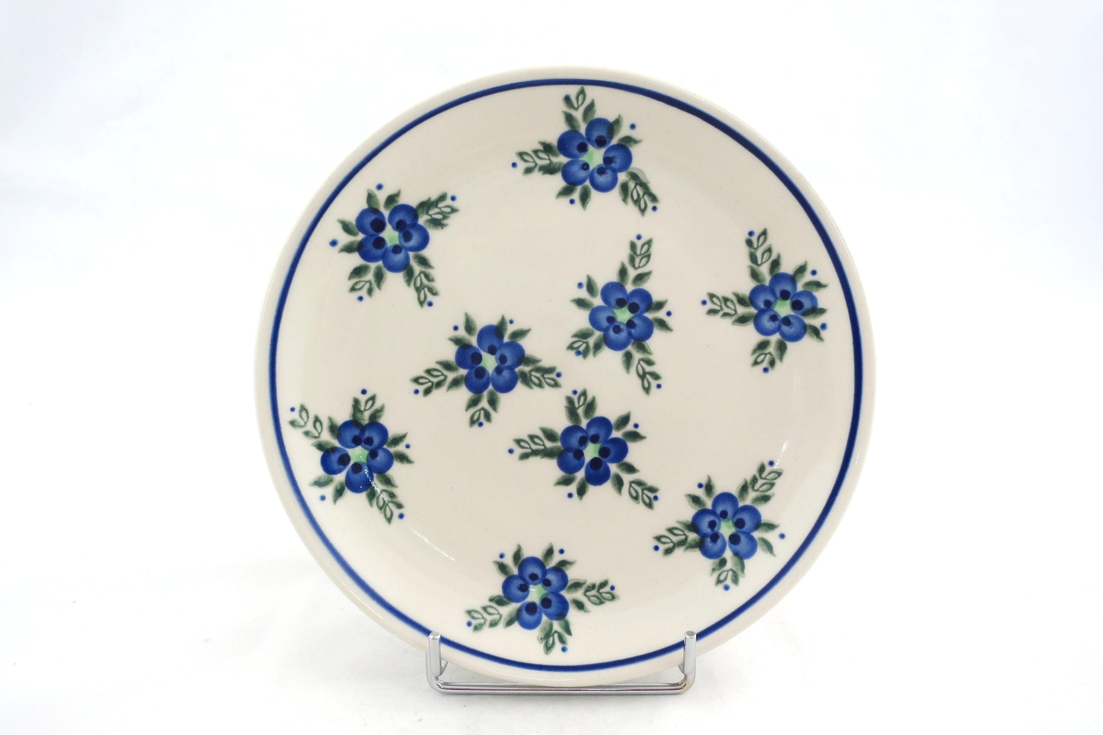 "Pottery Avenue 7.75"" ALISON Stoneware Salad Plates | ARTISAN"