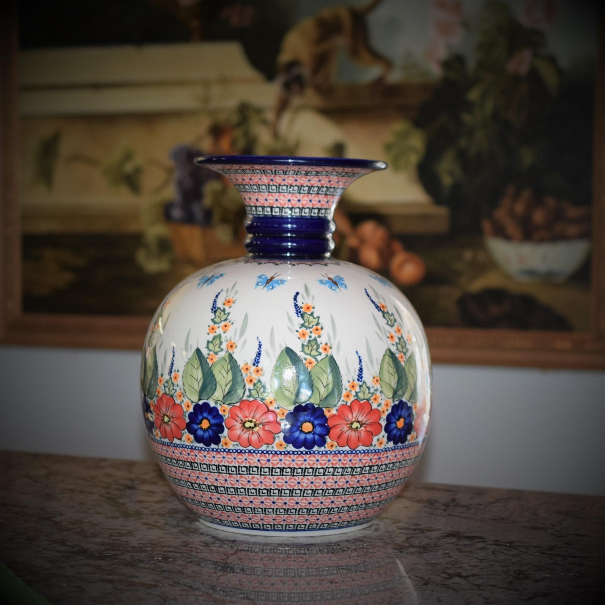EX LG Vase Butterfly
