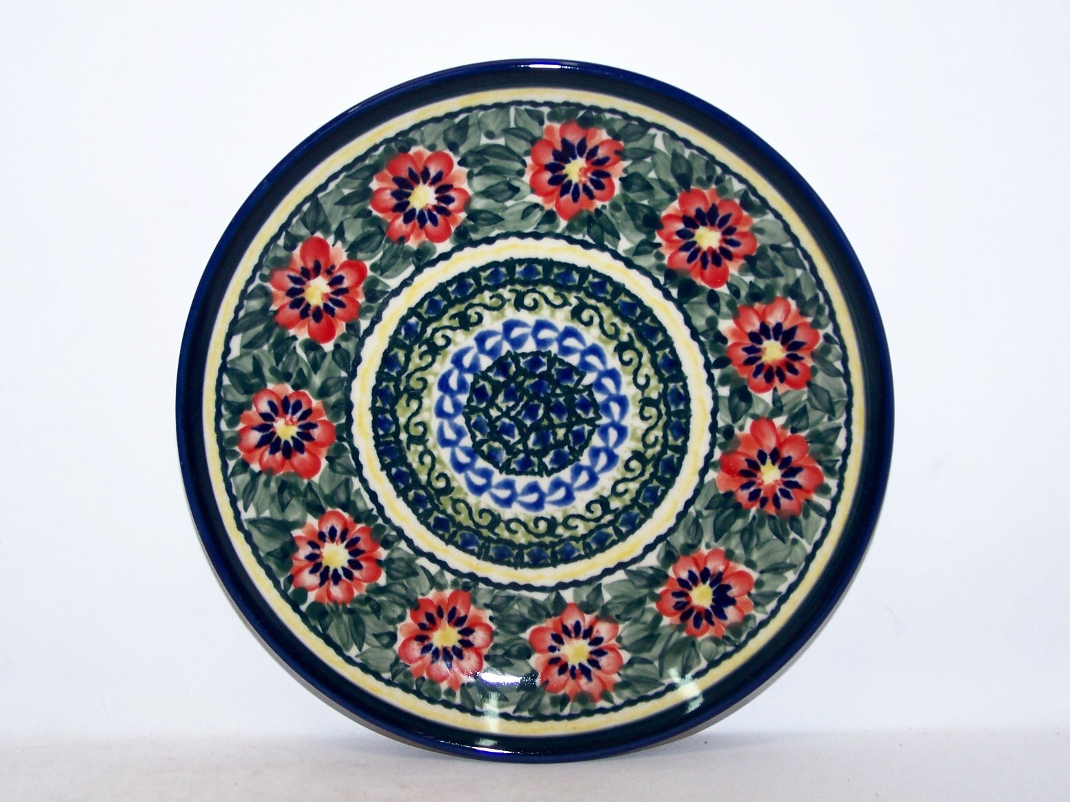"""Pottery Avenue 7.75"""" Stoneware Salad-Luncheon Plate - 814-134AR Passion"""