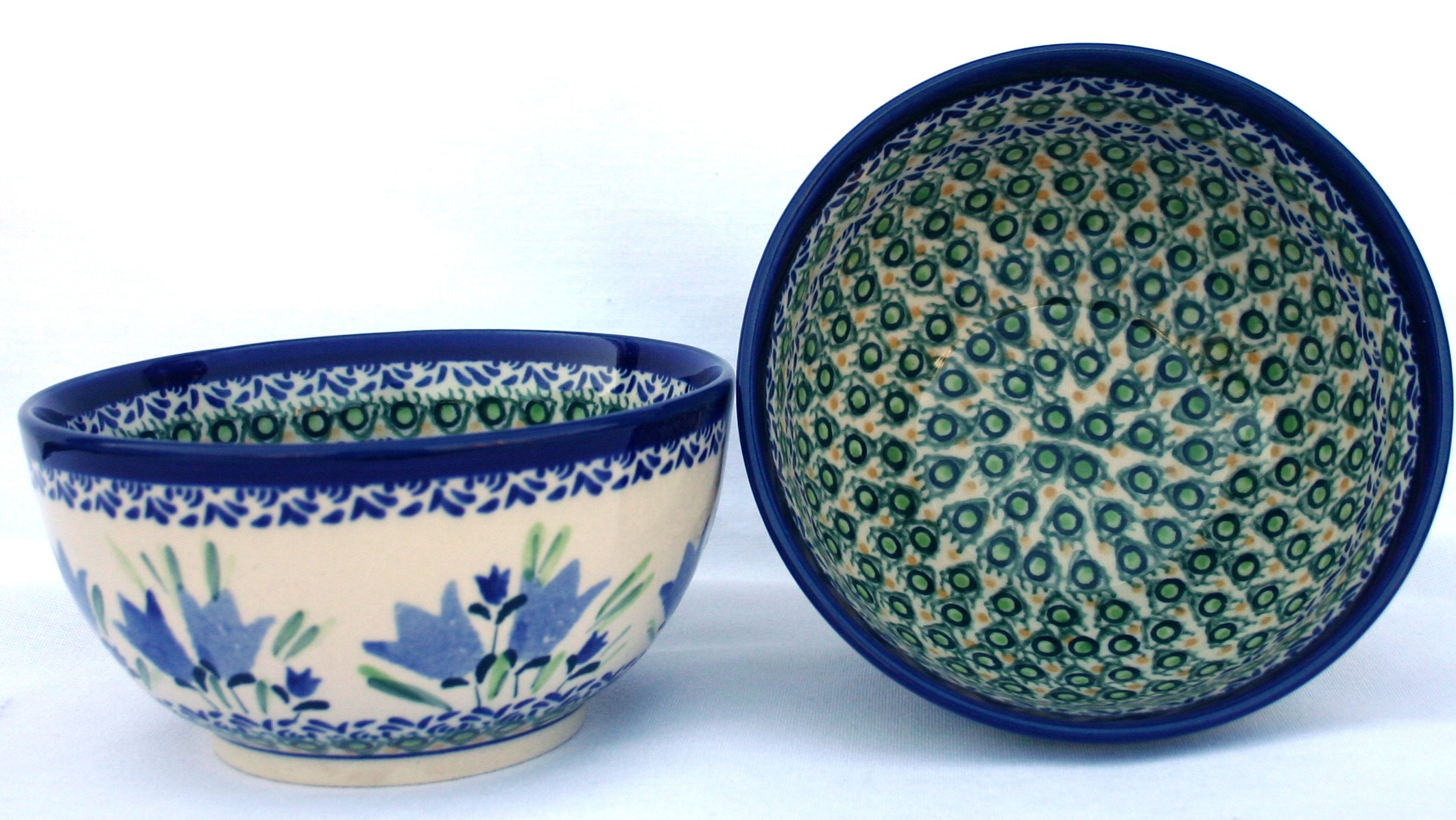 Pottery Avenue Unikat 2 Cup Cereal-All-Purpose Stoneware Bowl - 971-160AR Blue Tulip