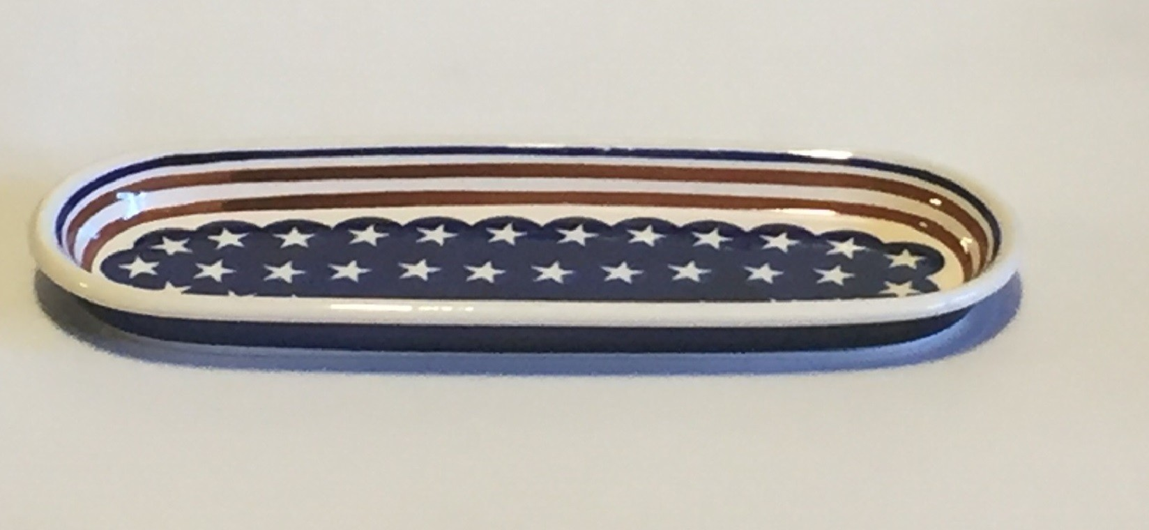 "Pottery Avenue Stars N Stripes 11"" Cracker-Olive Stoneware Tray"